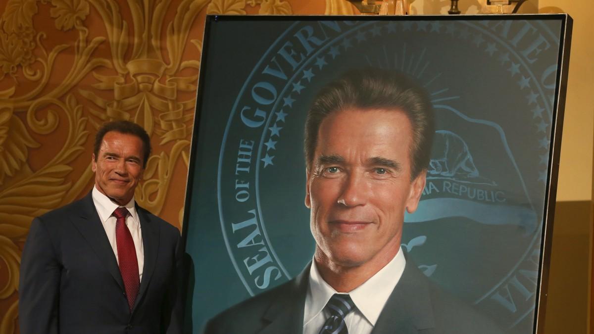 Gov. Brown Unveils Offical Gubernatorial Portrait Of Former Governor Schwarzenegger
