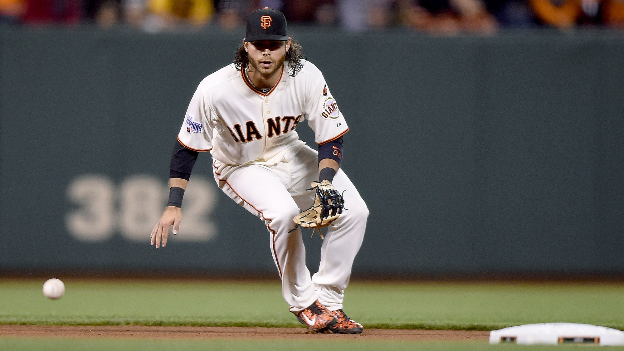 brandon-crawford-grounder