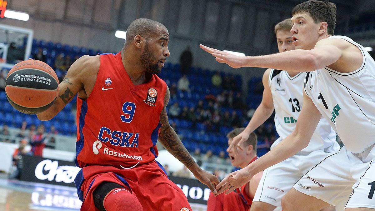 Aaron Jackson against Nizhny Novgorod.