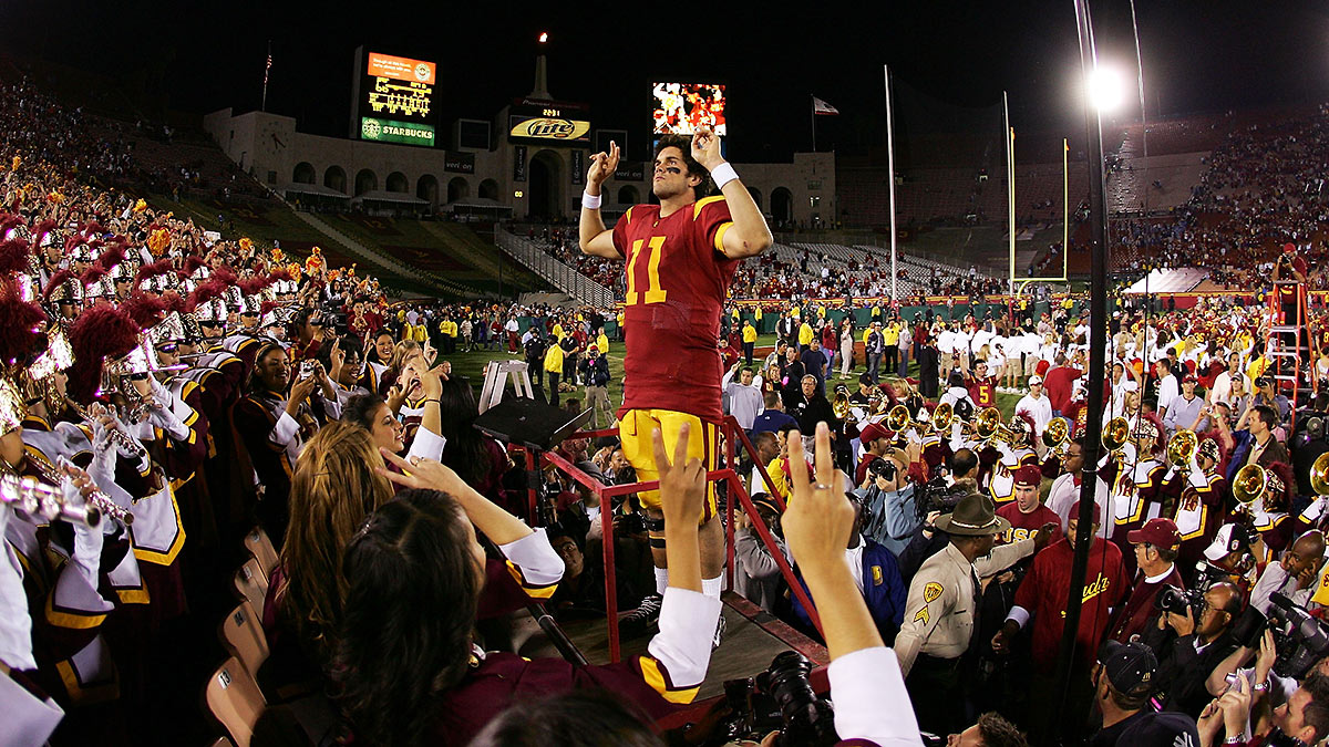 Matt Leinart lived the life of a celebrity at USC; now, he's advising Kessler to hold himself to a high standard and avoid guilt by association. (Harry How/Getty Images)