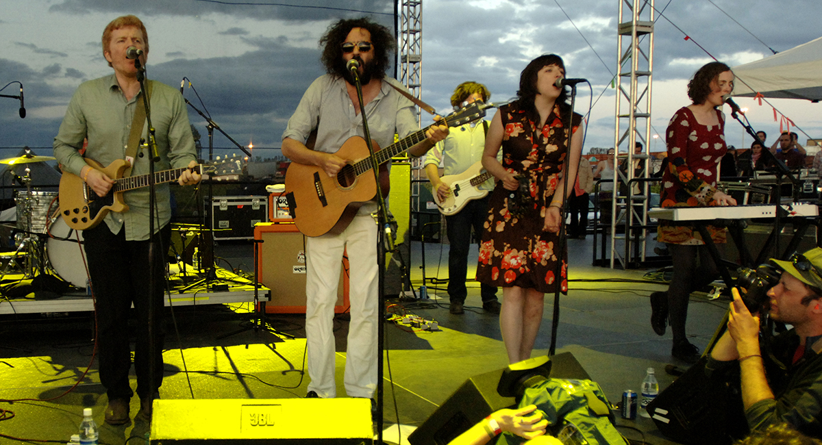 Bejar performs with the New Pornographers in 2010.