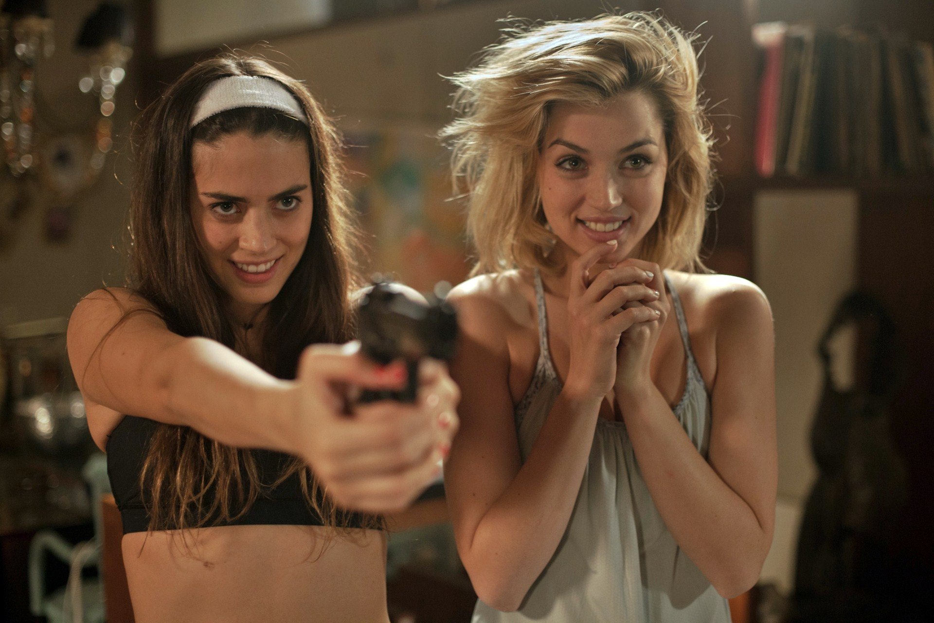 Izzo and de Armas in 'Knock Knock.'