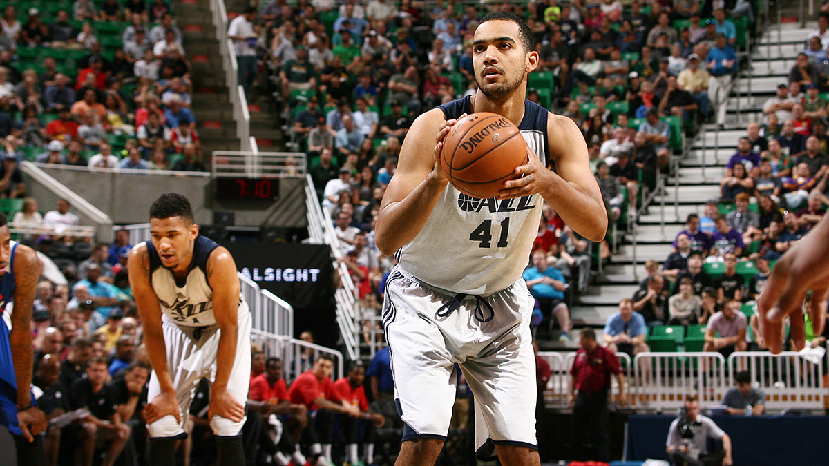 Trey Lyles shoots a free throw at NBA summer league.