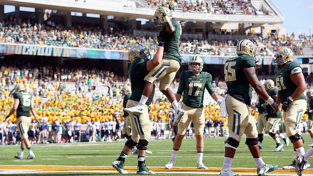 Baylor quarterback Seth Russell has thrown a jaw-dropping 15 touchdowns through three games.