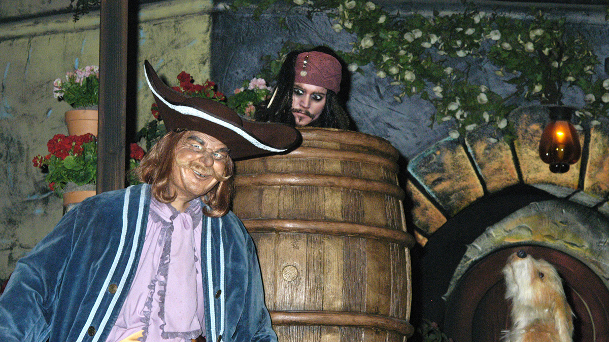 disneyland-pirates-caribbean-ride