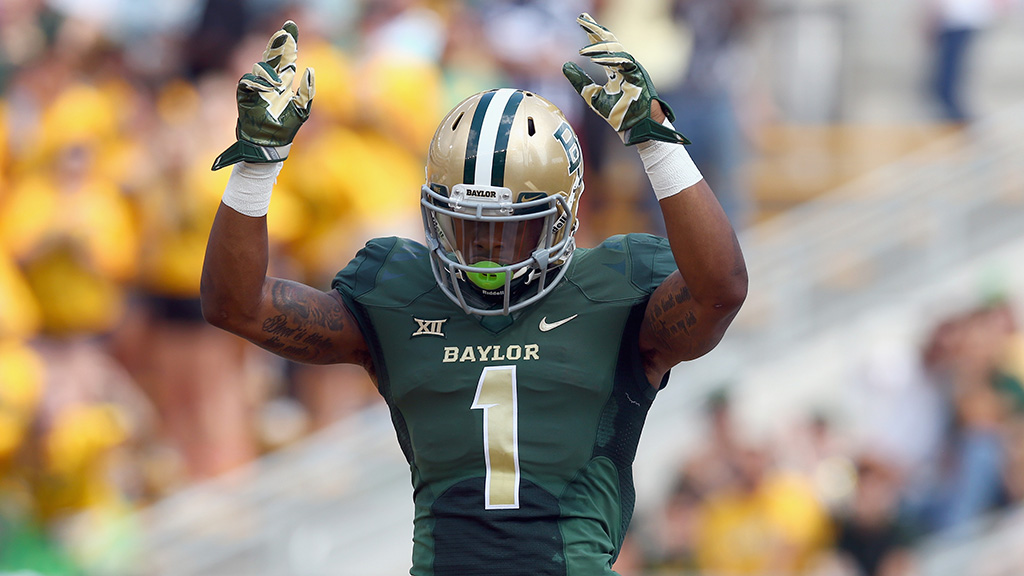 WACO, TX - SEPTEMBER 26: Corey Coleman #1 of the Baylor Bears celebrates after scoring against the Rice Owls in the first quarter at McLane Stadium on September 26, 2015 in Waco, Texas. (Photo by Tom Pennington/Getty Images)
