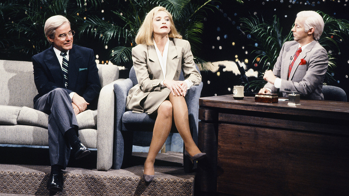 Jan Hooks with Phil Hartman and Dana Carvey, performing a 'Tonight Show' skit on 'Saturday Night Live' in 1990.