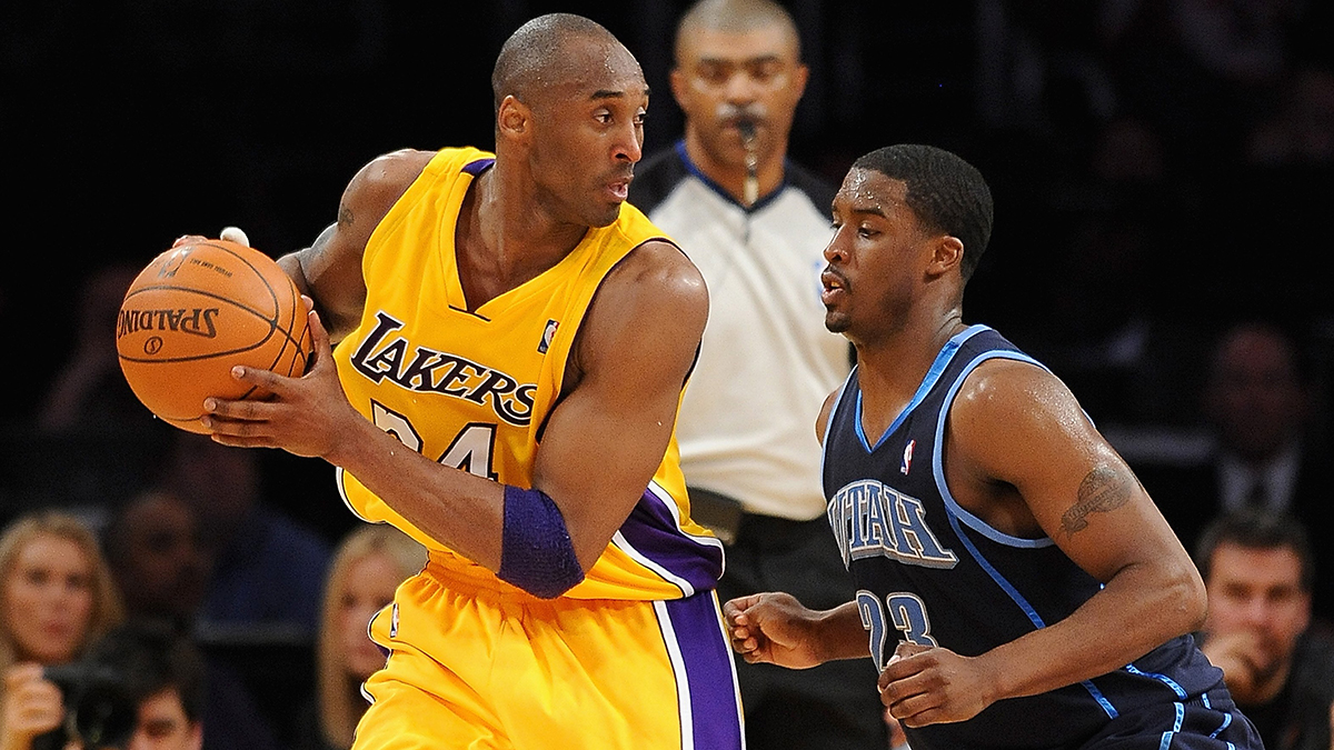 Matthews, in his rookie year with the Utah Jazz, guarding Kobe Bryant in the 2010 Western Conference semifinals.