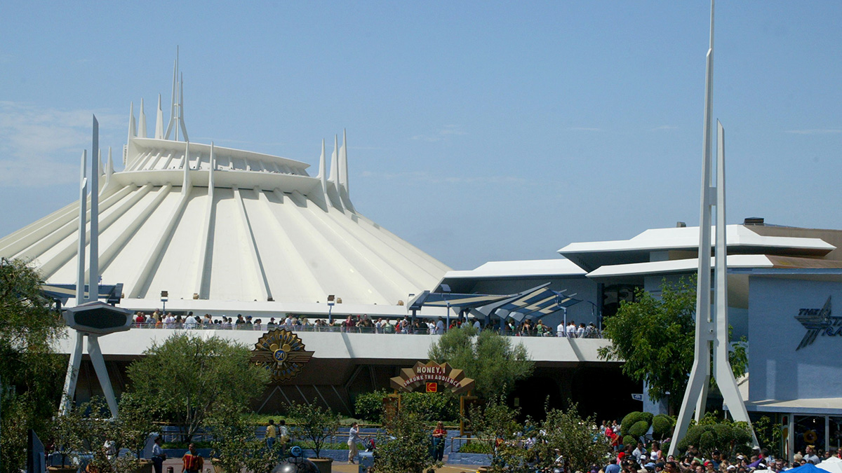 space-mountain-disneyland